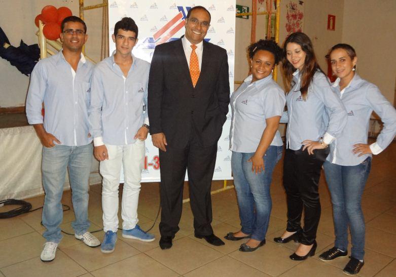 Colaboradores da ACIAPS e o Prof. Manoel Ignácio